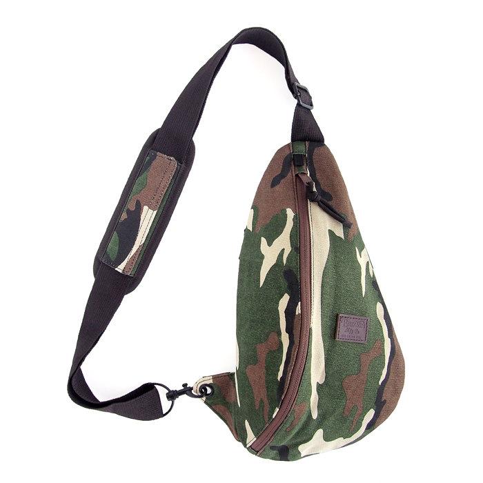 画像1: Brixton  body bag CAMO (1)